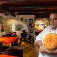 """di Agorà Ciminna Il ristorante """"Taverna del Pavone"""", dove opera lo Chef ciminnese Benedetto Priolo, ha ottenuto il riconoscimento """"Piatto Michelin"""", all'interno della celebre guida. Tra i vicoli del famoso centro storico di Monreale, dove è ubicata la """"Taverna del Pavone"""", gestita dalla famiglia Pupella, a pochi passi dallo splendido Duomo, che grazie alla sua straordinaria bellezza ha reso questa cittadina famosa nel mondo, è possibile gustare dei piatti di qualità. Si tratta del 25° riconoscimento di fila, ottenuto in 38 anni di attività. Ogni anno, grazie ai clienti prima, […]"""